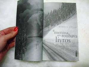 livro-a-menina-que-roubava-livros_MLB-O-237254514_9430