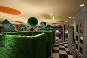alice-in-wonderland-restaurant-tokyo-7-e1304357131784